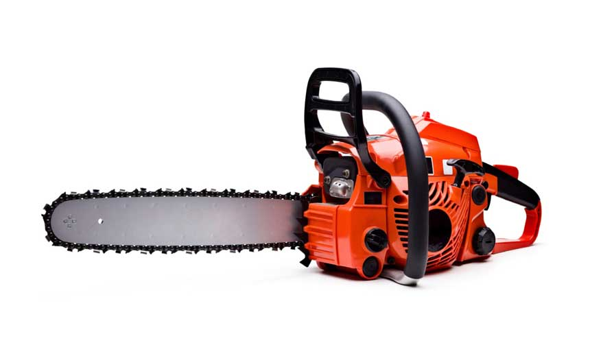 Deficiency in sharpness of blade in chainsaw
