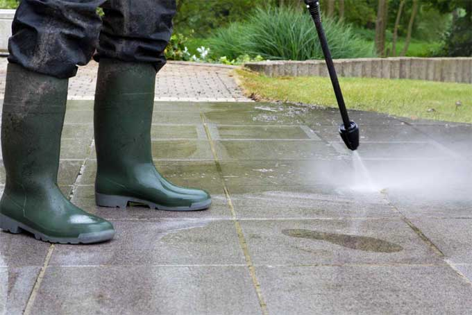 Pressure washers help you clean house exteriors easily.