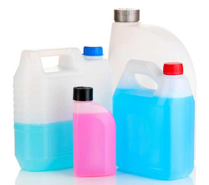 Professional cleaning services buy cleaning products in bulk and mix their own cleaning solutions.