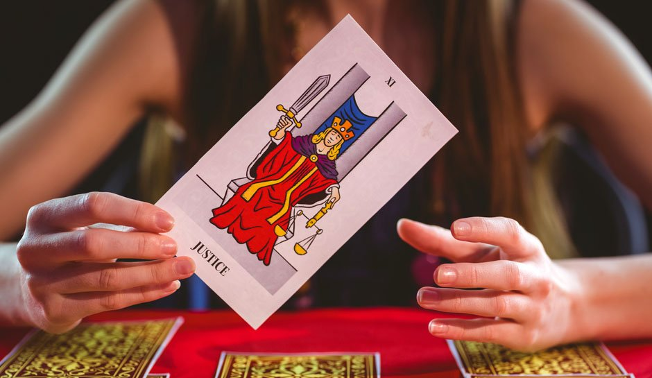 How Online Tarot Card Reading Works