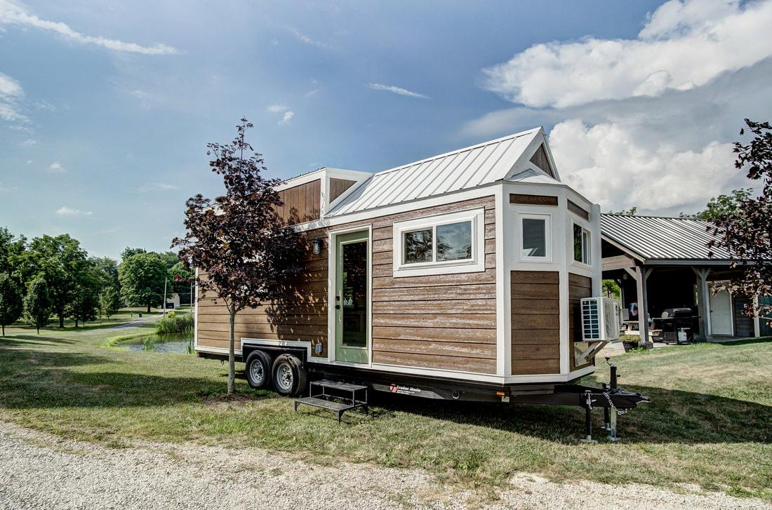 Clover Small Home - tiny house trend