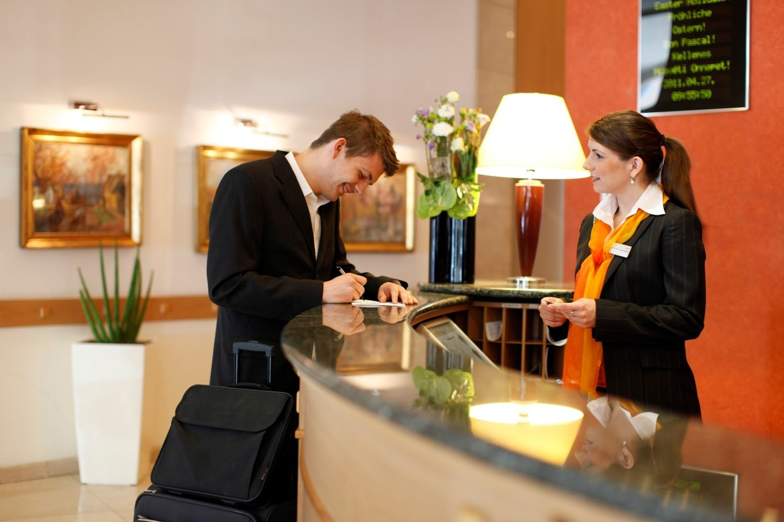 Try Hotel Management Software to Make Your Hotel Business More Efficient