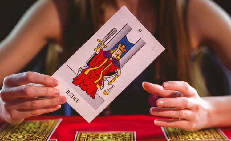 What Is Tarot Card Reading And Its Insight?