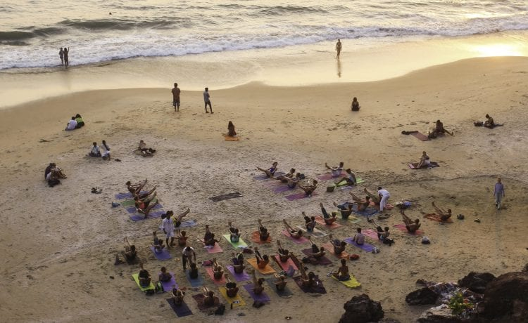 Reasons, Why You Should Visit Yoga Retreat Once in Life?