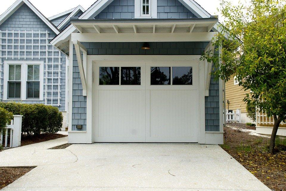Garage at house
