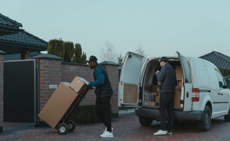 Same-Day Delivery Service Essential for E-commerce